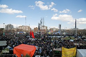 Terror Attack Martyrs' Funeral Held in Isfahan